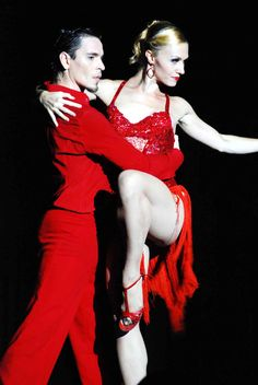 Buenos Aires - Tango Show Dance Art, Pole Dance, Trip The Light Fantastic, Baile Latino, Tango Dancers, Social Dance, Dance Movies, Dance Choreography Videos, Latin Dance Dresses