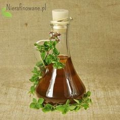 Do yourself your natural medicine – Oregano oil. Bv Home Remedies, Natural Home Remedies, Herbs For Depression, Oregano Oil Benefits, Herbs For Anxiety, Homemade Liquor, Pure Oils, Natural Herbs, Aromatherapy