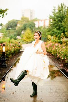 June bride必見♡わくわく楽しい雨の日ウェディングのポイント♩にて紹介している画像