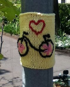 Bike yarn bombing