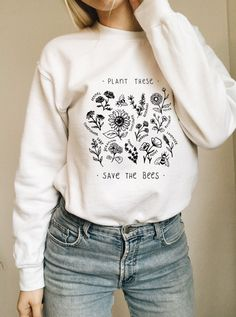 Plant These, Save The Bees - Crew Sweatshirt - Wholesome Culture - Daily Fashion Stylish Summer Outfits, Cute Outfits, Sweater Outfits, Head Band, Fashion Models, Fashion Outfits, Fashion Bloggers, Cute Sweatshirts, Sweatshirts Vintage
