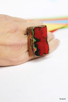 Ring with superimposed paper and pressed IsLaura Tutorial
