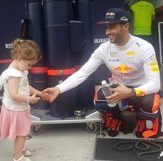 Ricciardo F1, Daniel Ricciardo, Mick Schumacher, Baby Driver, Honey Badger, Man Crush Everyday, F1 Drivers, Karting, Lewis Hamilton