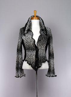 Veste pour femme ajustée gris et noir/veste pour femme/veste à bouton femme/vêtement recyclé/veste fait main/veste ajustée gris et noir