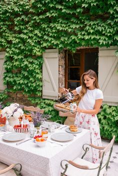 Gal Meets Glam Contributor Series: Market Breakfast Table In France