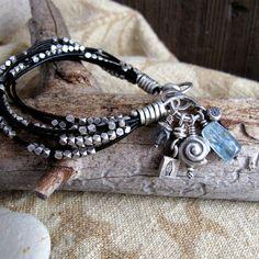 Pulsera entrelazado con perlas de plata y topo por BohBiJewelry