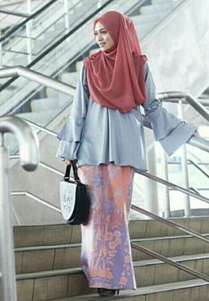 Hijab with ethnic inspired design…printed batik skirt classic modern style @venirepenang