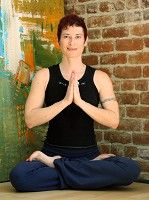 Leah Briggs, CYT: Leah is a certified teacher of Ashtanga Vinyasa and Raja Yoga. She studied Yoga, Buddhism and Eastern philosophy and psychology in Thailand, Burma, Nepal, India and Sri Lanka. She has a black belt in Shaolin Kung Fu and is attuned in Reiki, energy healing. Leah has been exploring the mind~body~spirit connection for more than 15 years. Her classes are a fusion of Vinyasa Flow, dance, martial arts and philosophy. Her website can be seen at www.indigolotus.com.