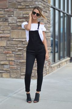 Skyler Black Overalls | Foi Clothing Boutique | Must Have | Trendy Overalls | Skinny Jean Fit | Flattering Fit | Staff Favorite | Perfectly Paired | Everyday Wear | Wear Everyday | All Seasons Fashion | Women's Boutique |