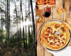 Pratos e Travessas: Pizza de cogumelos, queijo da ilha e oregãos # Mushrooms, queijo da ilha and oregano pizza | Food, photography and stories