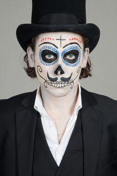 Die traditionellen Masken des mexikanischen Totentags (Dia de los Muertos) liegen seit einiger Zeit auch bei uns voll im Trend.