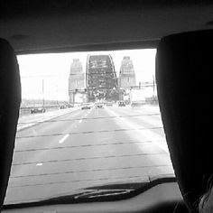 One of the best times of my life  #sydney #sydneyharbourbridge #blackandwhite #holiday #happy #memories #goodtimes #trips #grunge #Australia #family #wegotlost by breepurcell http://ift.tt/1NRMbNv