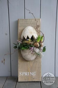 Top 100 Diy Spring & Easter Decoration Ideas - Page 42 of 100 Diy Crafts Images, Easy Diy Crafts, Diy Spring, Spring Projects, Diy Easter Decorations, Summer Crafts, Easter Crafts, Easter Ideas, Floral Arrangements