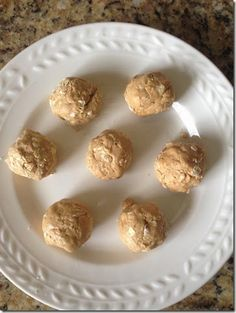 White Chocolate Protein Balls! These are so easy to make and taste just like dessert!