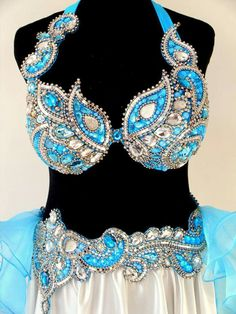 Dance Outfits, Dance Dresses, Sexy Outfits, Belly Dance Bra, Belly Dance Outfit, Burlesque Costumes, Belly Dance Costumes, Decorated Bras, Samba Costume