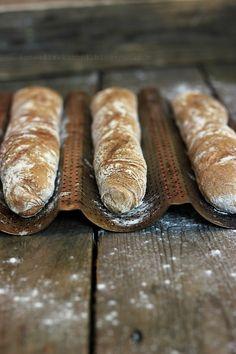 Konwalie w kuchni: Do trzech razy sztuka, bagietki wspólnie upieczone Bread Bun, Pan Bread, Yeast Bread, Bread Rolls, Bread Baking, Croissants, Rustic Bread, Our Daily Bread, Bakery Design