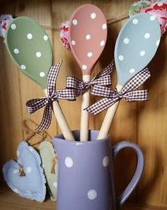 Spotty Wooden Spoon by PreciousParcelsUK on Etsy. Choose co-ordinating shades of chalky finish paint and add white spots to decorate.