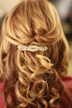 Half updo shoulder length hair