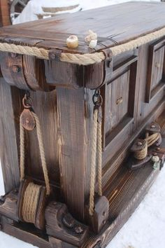 Table idea for mom. She love nautical things.- Table idea for mom. She love nautical things. Table idea for mom. She love nautical things. Industrial Furniture, Vintage Industrial, Rustic Furniture, Diy Furniture, Furniture Design, Furniture Dolly, Wood Projects, Woodworking Projects, Woodworking Articles