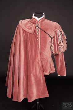 Wealthy men wore cloaks, capes, and coats over their shoulders. Mode Renaissance, Renaissance Fair Costume, Medieval Costume, Renaissance Fashion, Renaissance Clothing, Historical Costume, Historical Clothing, Costume Roi, Moda Medieval
