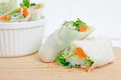 fresh, raw spring rolls and dipping sauce