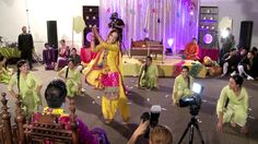 OMG Wedding - Mehndi Group Battle - Girls vs Boys - I like dhak dhak dhak and the one after