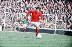 George Best, Northern Ireland (Manchester United, Jewish Guild, Stockport County, Cork Celtic, Fulham, Los Angeles Aztecs, Fort Lauderdale Strikers, San José Earthquakes, Motherwell FC, Arbroath Victoria, Glentoran, Bournemouth, Nuneaton Borough, Tobermore United, Northern Ireland)