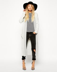 OUTFIT: black floppy hat, striped top, long white thin cardigan, black ripped skinny jeans, heels