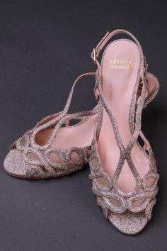d7db45e62 Sapato Personalizado para Festa Nude | Arthur Caliman Vestidos de festa  Sandália de festa nude Sapatos