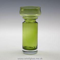 Riihimaki olive green Tulppaani glass vase by Tamara Aladin
