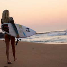 Laura Enever #surf would love to take a pic like this.