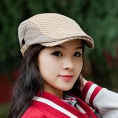 Casual stripe flat cap for women adjustable design for spring wear