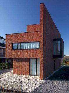 new Ideas modern brick house exterior architecture Modern Brick House, Brick House Designs, Brick Design, Facade Design, Modern House Design, Exterior Design, Modern Houses, Wall Design, Wall Exterior