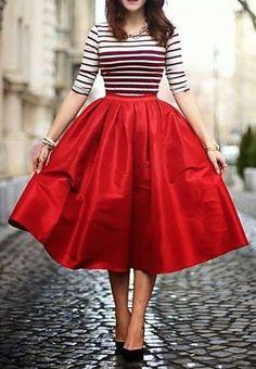 Robe mi longue jupon rouge sur http://larobelongue.fr/robe-longue-rouge/