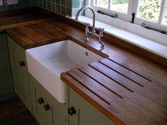 pia cozinha madeira cuba aparente gabinete verde