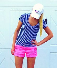 blue & white striped tee with pink chinos and baseball cap. Preppy Outfits, Summer Outfits, Cute Outfits, Prep Style, My Style, Pink Chinos, Vogue, Golf Outfit, Spring Summer Fashion