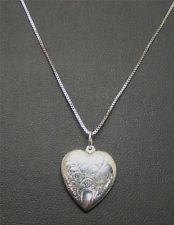 925 STERLING SILVER .8mm BOX NECKLACE CHAIN 4.5g PUFFED FLAT HEART 21mm PENDANT