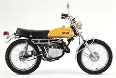 Yamaha YAS 1