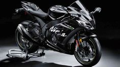 #birmingham Track-ready 2017 Kawasaki Ninja ZX-10RR unleashed  Kawasaki has just released a limited edition track bike in celebration of their return to dominance at World Superbike with the 2017 Ninja ZX-10RR. http://www.autoindustriya.com/motorcycle-news/track-ready-2017-kawasaki-ninja-zx-10rr-unleashed.html