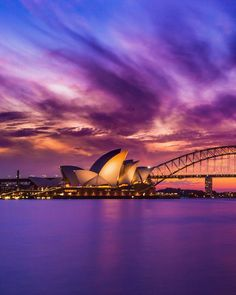 #AustraliaItsBig - There's no doubt that autumn produces some of the best sunrises and sunsets across Sydney. Keen photographers can head to any number of spots to catch the natural beauty over the city. Try Mrs Macquarie's Chair (pictured), Kirribilli or North Head for beautiful vistas of our favourite landmarks. #ilovesydney
