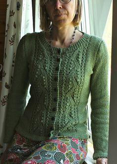 Ravelry: Lente pattern by Marjolein Thunnissen Hand Knitted Sweaters, Cardigan Sweaters For Women, Knit Cardigan, Lace Knitting, Knit Crochet, Classic Elite Yarns, Cardigan Design, Ravelry, Knitting Patterns
