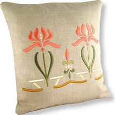 Flower Garden Pillow, based on an Arts & Crafts period design. Embroidery Applique, Embroidery Designs, Simple Embroidery, Flower Embroidery, Embroidery Files, Craftsman Decor, Craftsman Style, Bungalow Decor, Art Nouveau Flowers
