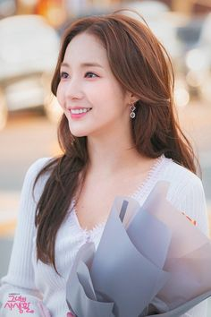 """Park Min Young Shows Off Her Chic And Professional Side In New Drama """"Her Private Life"""" Korean Actresses, Asian Actors, Korean Actors, Actors & Actresses, Korean Beauty Girls, Asian Beauty, Korean Celebrities, Celebs, Young Park"""