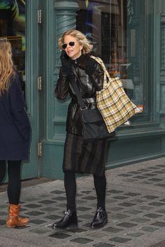 Meg Ryan strolling in Soho.   Photo: Wagner AZ