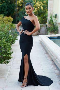 Formal Dresses Long Elegant, Classy Prom Dresses, Fitted Prom Dresses, Gala Dresses, Black Prom Dresses, Event Dresses, Classy Dress, Dress Formal, Form Fitting Prom Dresses