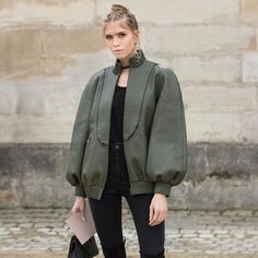 Lena Perminova in the downtown Fendi bomber jacket Winter Fashion Outfits, Autumn Winter Fashion, Trench Coat Style, Fashion Sketches, Textiles, My Style, How To Wear, Clothes, Leather Jackets