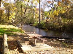https://flic.kr/p/q1Hgqc | Bidwell Park Picnic Table | Bidwell Park is located off Highway 99 in Chico. This huge city park features a golf course, natural swimming pool, swimming holes, jogging trails, biking trails and picnicking along Bidwell Creek. Bidwell Park was the set of the original 'Robin Hood' movie with Errol Flynn.