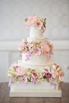 wedding cake idea; via Everything Sparkly White