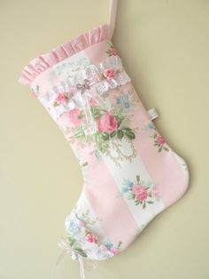 Shabby Christmas Stocking made with Laura by MyShabbyCottage