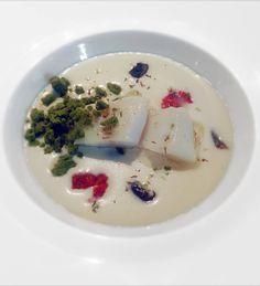 baccalà con crema di bufala, origano, olive e crumble di basilico